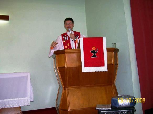 Pastor Edelberto R. Stachowski (1996-2004)