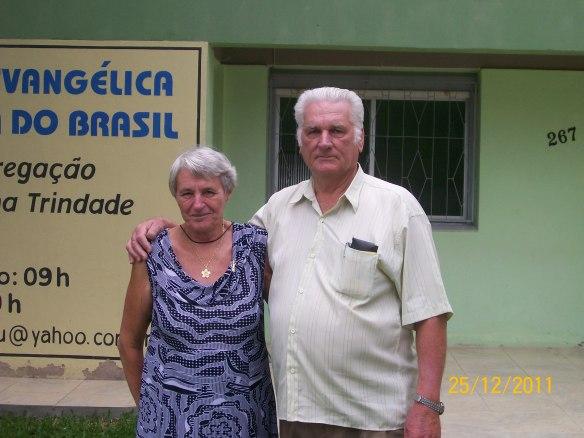 Pastor Ermildo Teichmann e esposa Hilda (1988-1995)